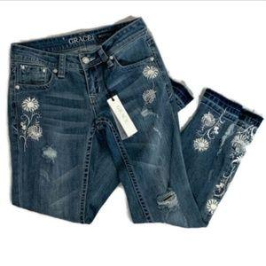Grace in LA women's bootcut jeans size 26 flowers